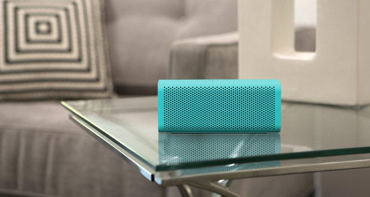 Braven705-Lifestyle_teal