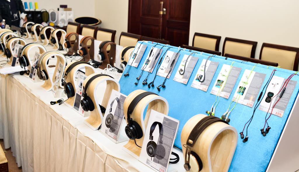 Một số sản phẩm mới của Sennheiser mới như dòng tai nghe thể thao sport CX 686G, MX 686G,.. Momentum In Ear, CX 5.00... cũng được đem đến nhằm mang đến cái nhìn và sự trải nghiệm đa dạng