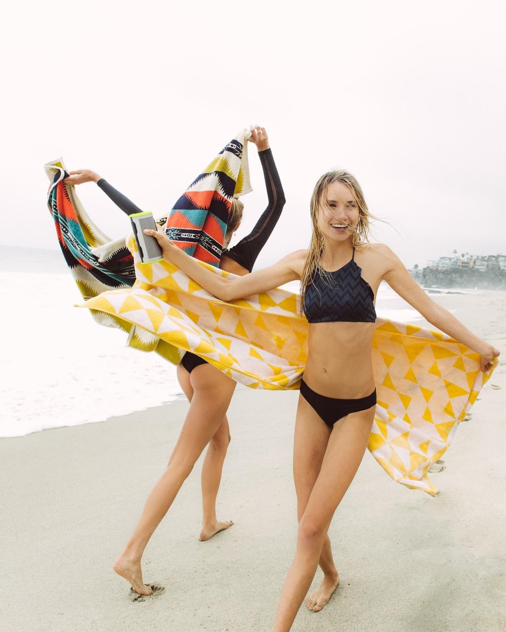 resize_BRAVEN STRYDE 360_Beach Hangout-4
