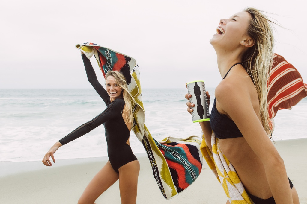 resize_BRAVEN STRYDE 360_Beach Hangout-6