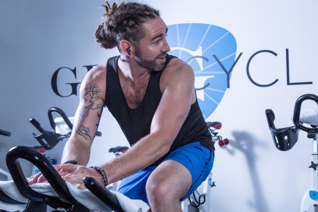 resize_flye-sport_spin-bike4