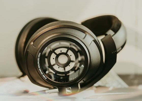 x1_desktop_Sennheiser_Headphones_HD_820_4