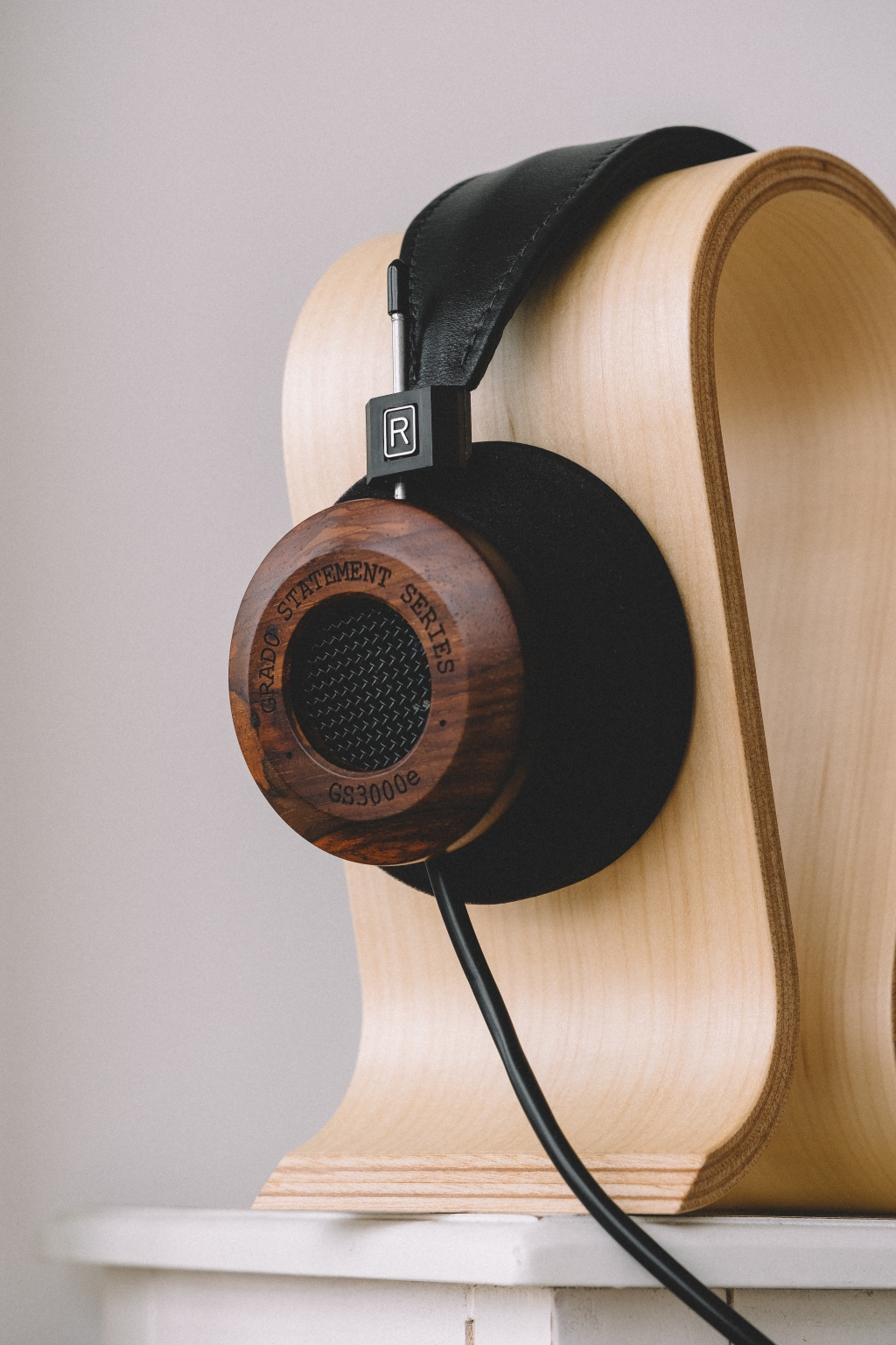grado, grado labs, grado headphones, sunset park, brooklyn, handmade, hand-built, brooklyn headphone company, three generations of sound, cocobolo wood, stand, bedroom