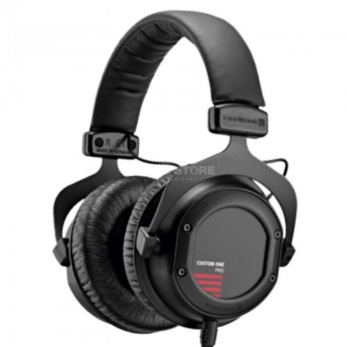 beyerdynamic-custom-one-pro-plus-black-16-ohm_1_REC0011853-000
