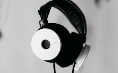 grado, grado labs, grado headphones, sunset park, brooklyn, handmade, hand-built, brooklyn headphone company, whitewash wood, all white, white headphones, white label, collaboration, limited edition