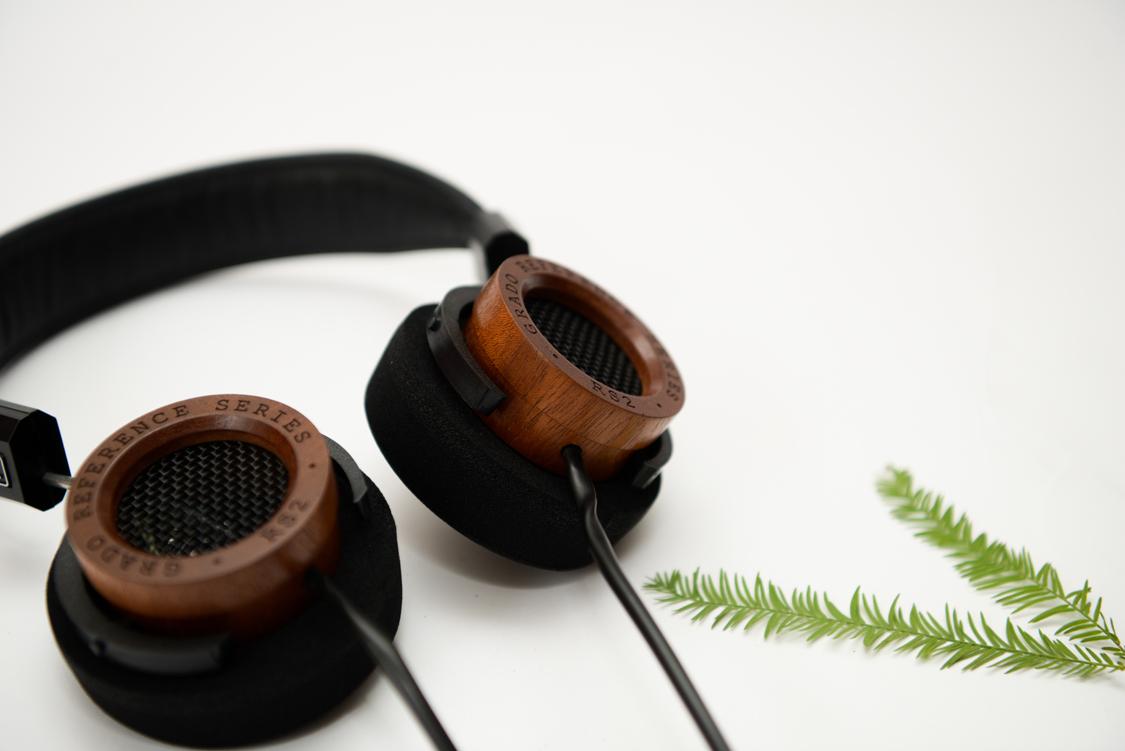 Tai nghe Grado RS2i được làm thủ công bằng tay tại Mỹ