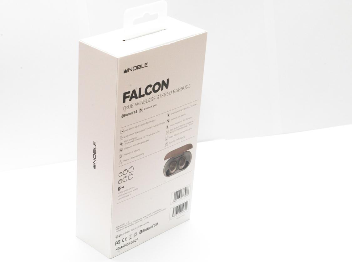Mặt sau vỏ hộp của  tai nghe Noble Falcon