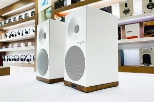 Loa Tangent X5BT white có chiều cao 34.5cm, chiều rộng 16,6cm và chiều sâu 20,5cm